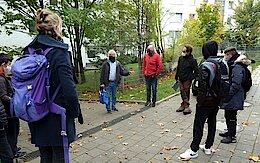 Stadtgrün zu Besuch. Rechts neben Jürgen Becker Stephan Heyer-Henseleit und Christian Kadgien. (Foto Gisela Baudy)