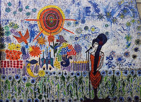 Bild 23: Wandmalerei mit singender Frau im Innenhof des Kanzlerhauses (Neue Straße 59) (Foto Gisela Baudy)