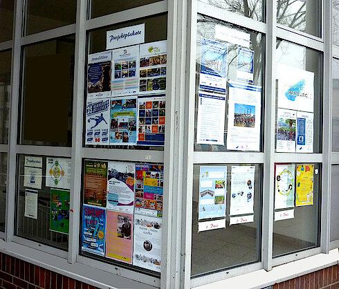 Vollansicht der Büroausstellung (Foto Gisela Baudy)